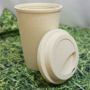 Kubek z włókna bambusowego zakręcany